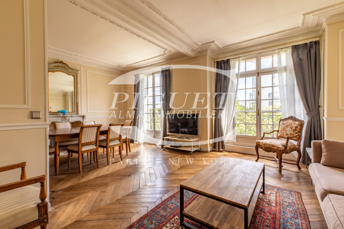 MONTPARNASSE SUPERB FURNISHED APARTMENT WITH BALCONY FOR RENT