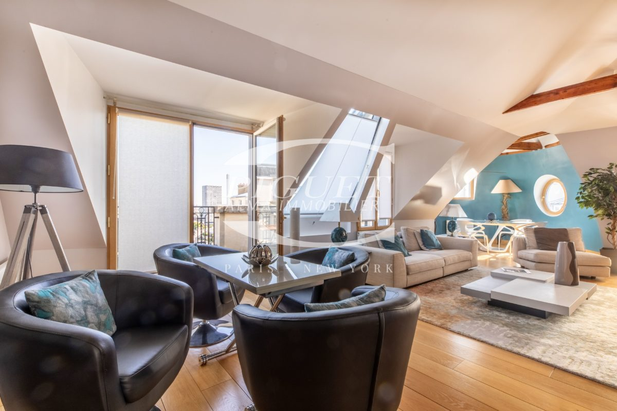 IN THE HEART OF PASSY FURNISHED APARTMENT FOR RENT